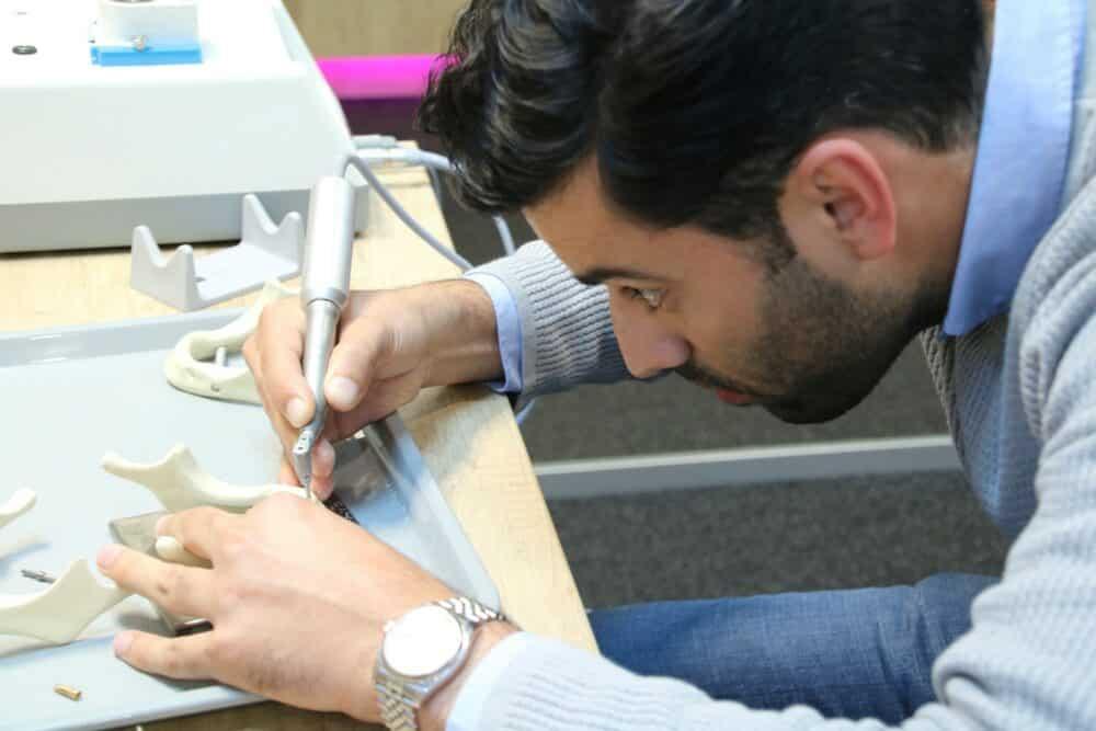 Maak kennis met leren implanteren | Implant College 03